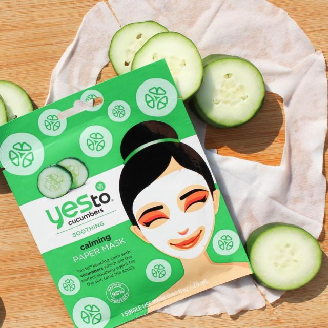 Our #yesto Cucumber Calming Paper Mask is soaked in Aloe leaf juice, Cucumber extract and Green Tea extract to help soothe, tone & hydrate your skin.   On offer at @sainsburys 💚   #sensitiveskin #skincare #skincareproducts #cucumbers #aloevera #greentea #facemask #sheetmask #pamper #selfcare #natural #vegan