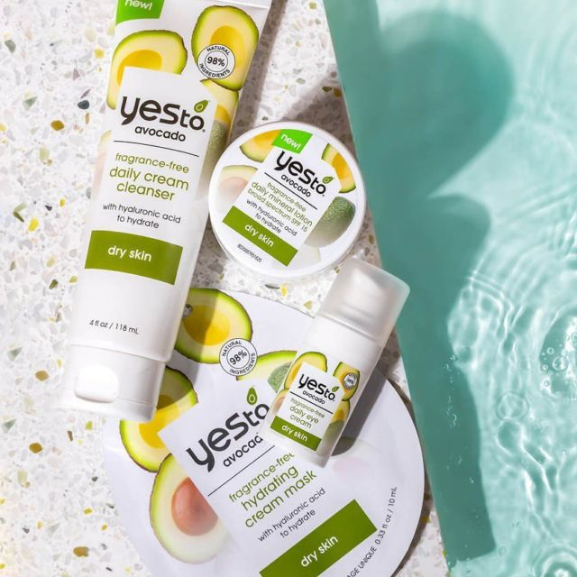 Introducing the newest member of the #YesTo family.. Avocado 🥑   Our new Fragrance-Free collection is formulated to deeply hydrate skin with Hyaluronic Acid and rich Avocado Oil.   We've included everything you need to build a solid skincare routine: 🥑 Daily Cream Cleanser 🥑 Daily Eye Cream 🥑 Hydrating Cream Mask 🥑 Daily Mineral Lotion with SPF 15  Available exclusively at @beautybaycom 💚